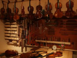 弦楽器工房